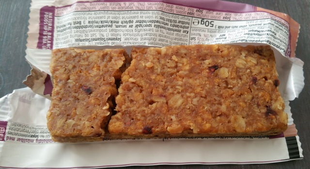 TREK Protein Flapjack Morning Berry 4.jpg