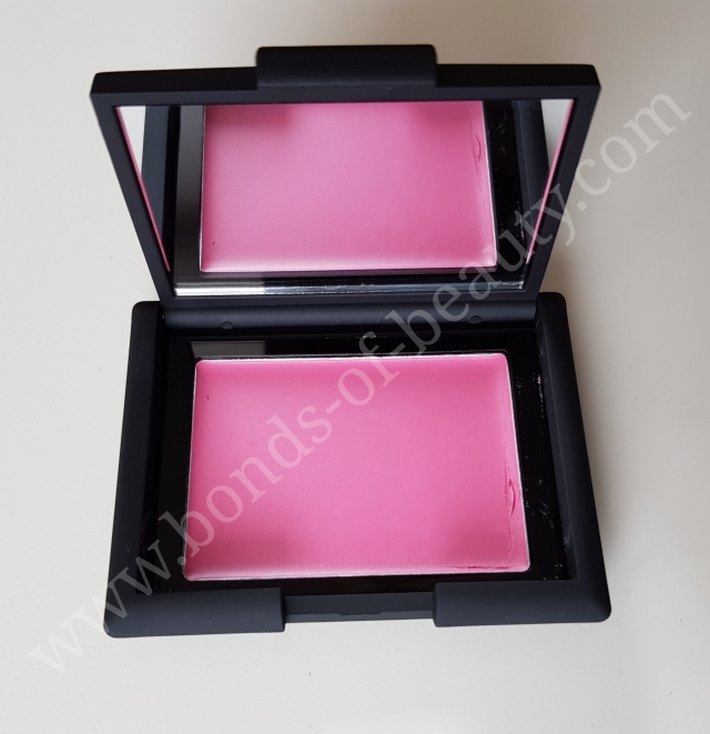Sleek Makeup Creme to Powder Blush Colour Carnation 2_20171015152924423