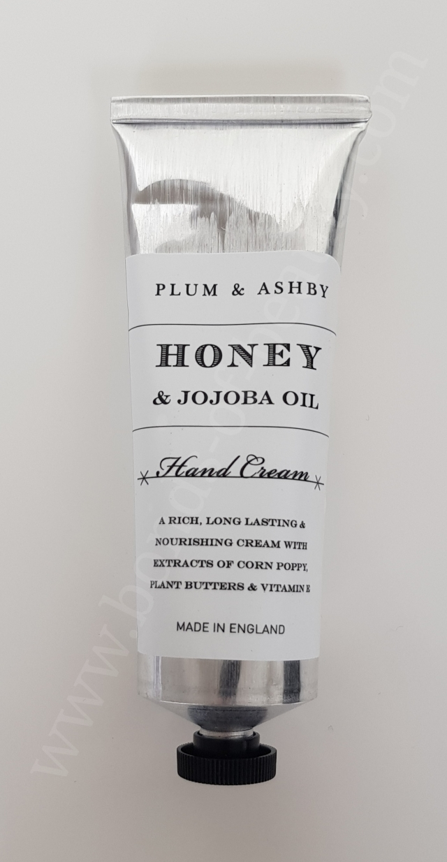 Plum and Ashby Honey and Jojoba Oil Hand Cream_20171126184625463