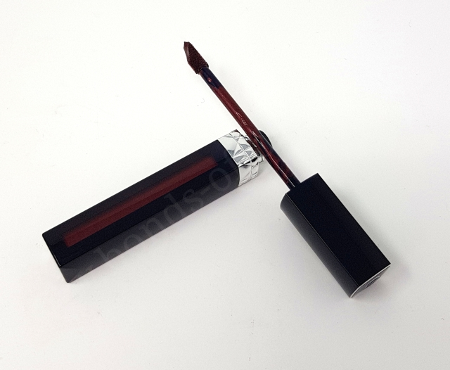 Dior Rouge Dior Liquid Metal Finish Liquid Lipstick in Colour 979 Poison Metal 2_20180604144106467