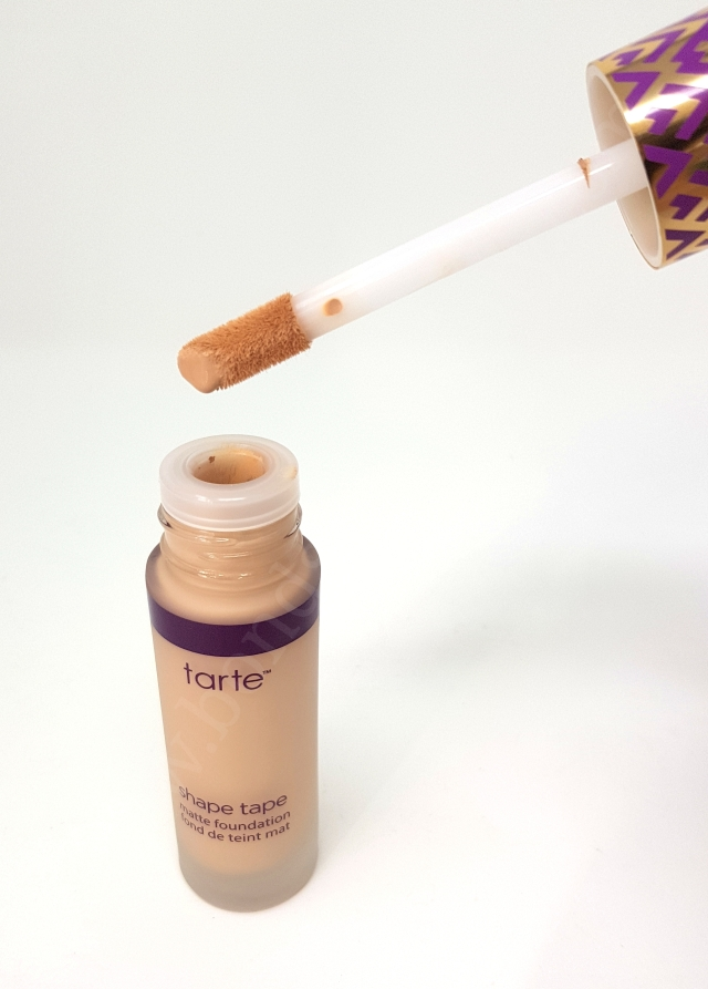 Tarte Shape Tape Matte Foundation in Colour Fair-Light Neutral 2_20180606140438010