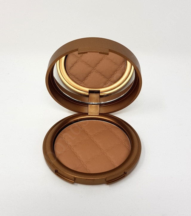 Laura Geller Beach Matter Baked Bronzer in Colour Siesta Medium 5_20180718131911142