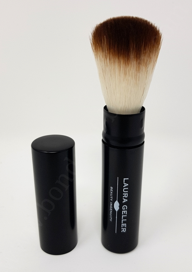 Laura Geller Retractable Powder Brush 2_20180718132258112
