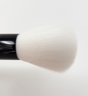 Yves Saint Laurent Contouring Brush2_20180702130758655