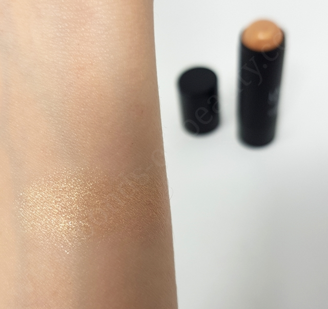 Laura Geller Illuminating Stick 3_20180810100529665
