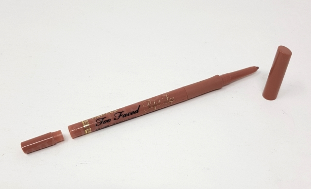 Too Faced Perfect Lips Liner in Colour Perfect Nude 2_20180912094603977