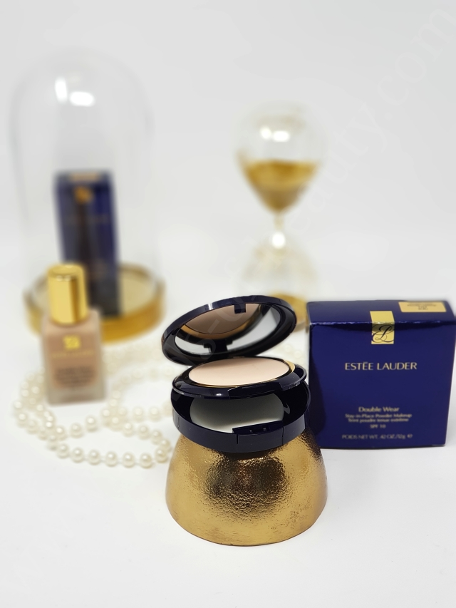 Estée Lauder Double Wear Liquid vs Powder_20181128173730311