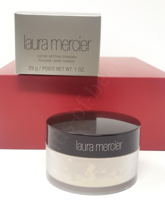 Laura Mercier Translucent Loose Setting Powder 3