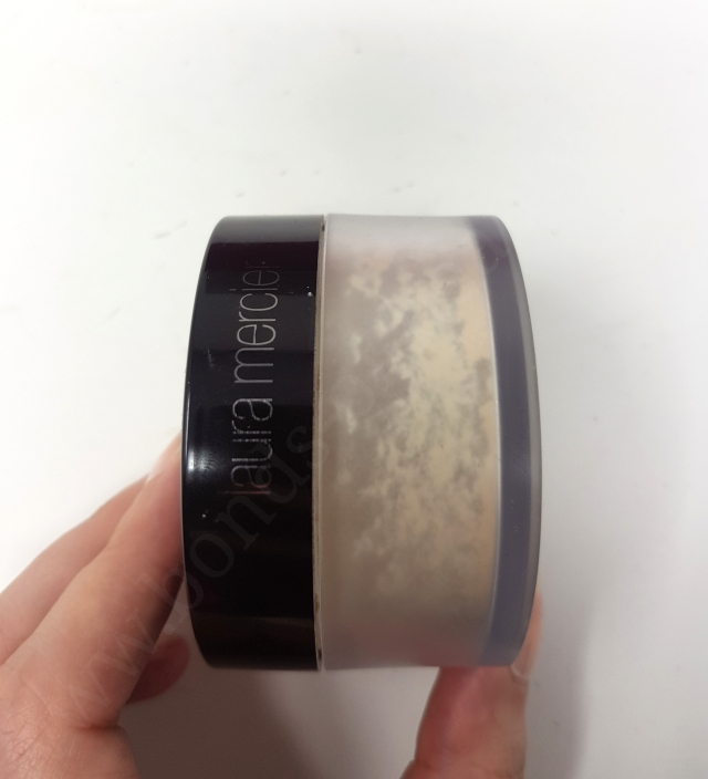Laura Mercier Translucent Loose Setting Powder 5