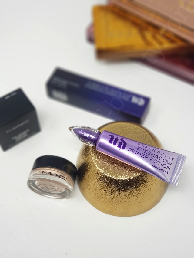 Urban Decay Eyeshadow Primer Potion vs MAC Paint Pot 3