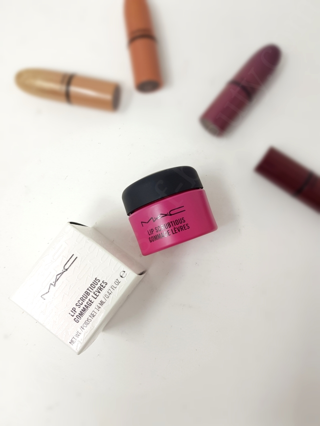 MAC Lip Scrubtious 3