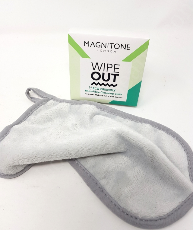 Magnitone London Wipe Out Eco Friendly Microfibre Cleansing Cloth